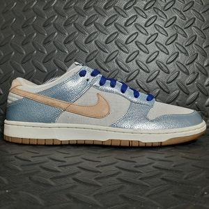 Nike dunk low women's size 11 555264-002 preowned